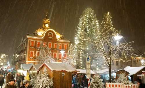 Romantischer Weihnachtsmarkt.In Der Partnerstadt Suhl Romantischer Weihnachtsmarkt Besuch